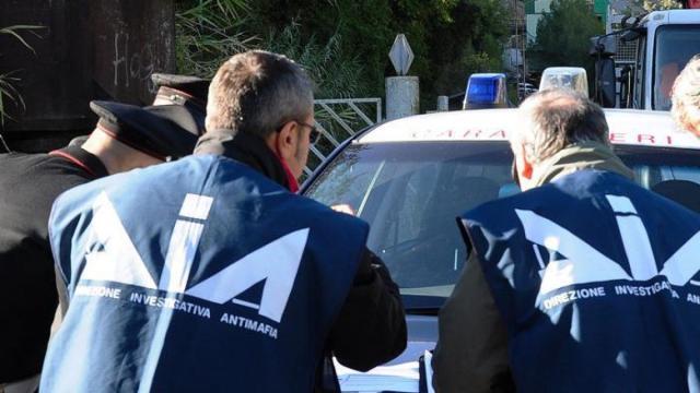 Intimidazioni ed estorsioni ad ambulanti: 9 arresti tra Veneto e Friuli
