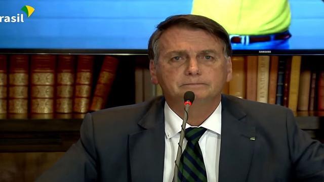 Fake news: ao contrário do que Bolsonaro disse, OMS não é contra vacinar adolescentes