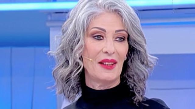 UeD spoiler riprese 19/09: Tina difende Ricci dalle critiche