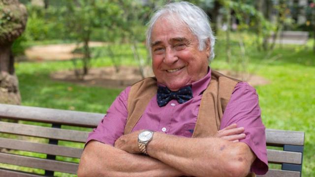 Luis Gustavo, o Vavá do programa 'Sai de Baixo', morre aos 87 anos