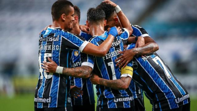 Grêmio planeja dispensas e jornalista divulga doze atletas que podem deixar o clube