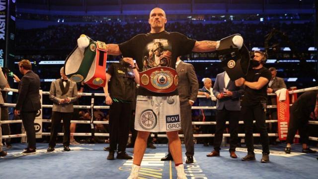 Oleksandr Usyk è il terzo ucraino campione del mondo dei pesi massimi