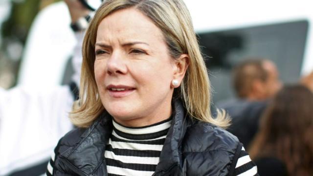 Políticos comentam veto de Bolsonaro a projeto de distribuição gratuita de absorvente