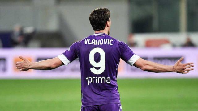 Vlahovic-Fiorentina più lontani, la Juventus potrebbe inserire Kulusevski nell'affare