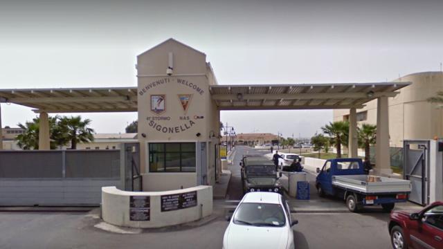 Catania: istigazione alla corruzione, arrestati due ufficiali dell'aeronautica