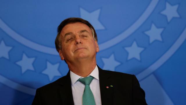 Relatório final da CPI deve indiciar Bolsonaro por 11 crimes