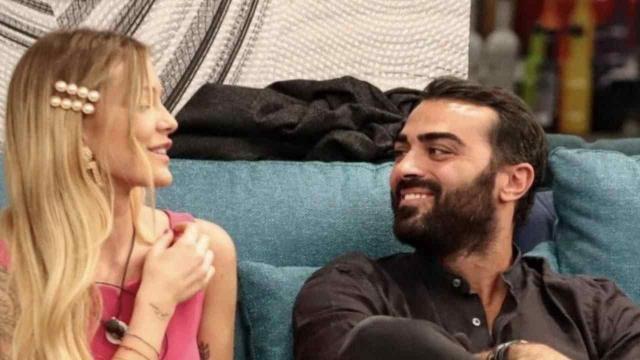 GFVip, Sophie frena con Gianmaria e allude a Corona: 'Ho bisogno di un uomo deciso'