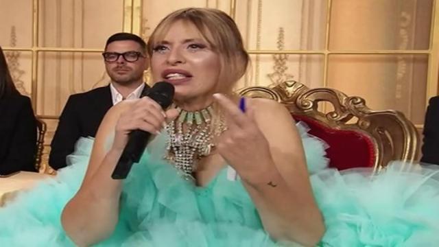 Ballando con le stelle 2021: Alessandra Mussolini scrive che vuole lasciare lo show