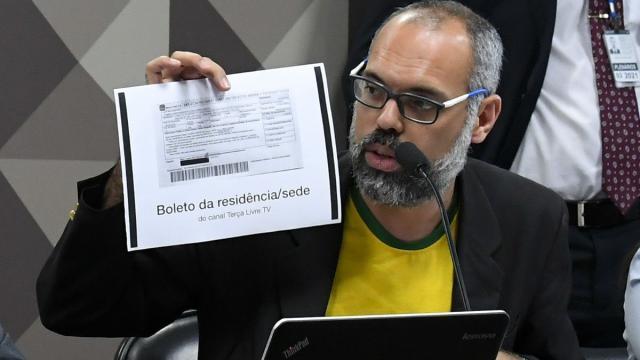 Moraes determina a prisão do blogueiro bolsonarista Allan dos Santos