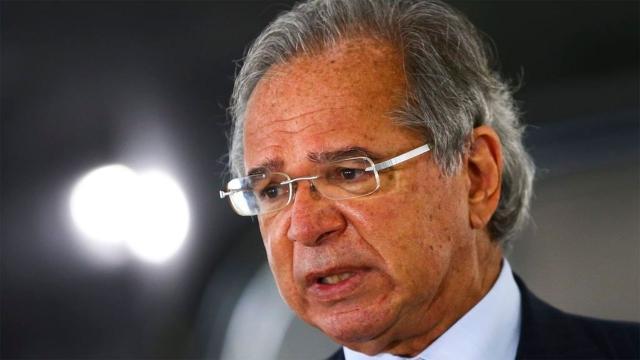 Bolsonaro teria dado permissão para interlocutores buscarem substituto de Guedes