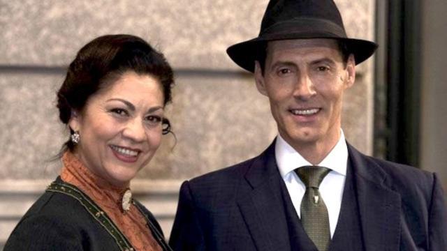 Una Vita, trame spagnole: i coniugi Dominguez partono per l'Argentina