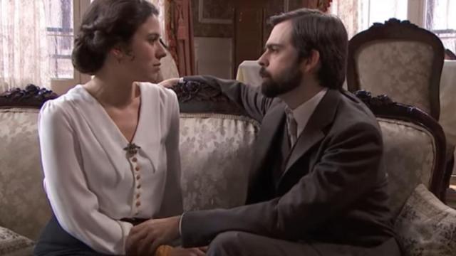 Spoiler Una Vita: Salmeron finge di essere interessata a Javier per poi liberarsene