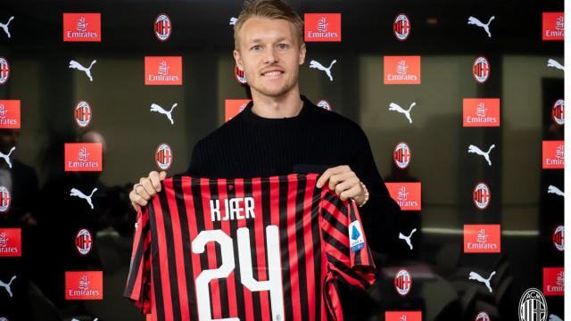 Milan acerta a extensão do contrato com o zagueiro Simon Kjaer