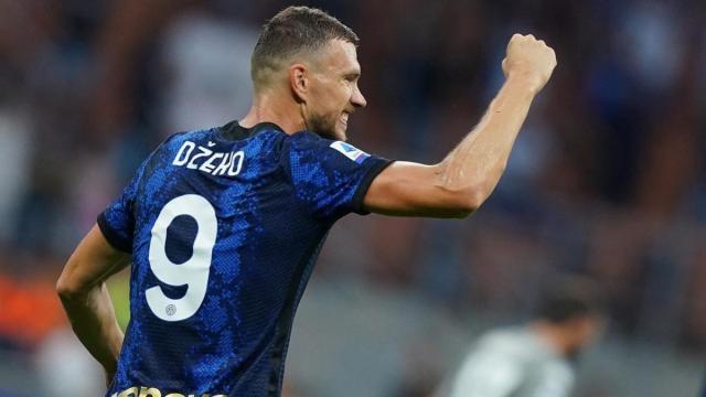 Dzeko, 7 gol nelle prime 10 gare con l'Inter: stessa media di Lukaku in campionato